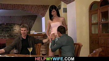 strangers wife shy with Madre japonesa violada