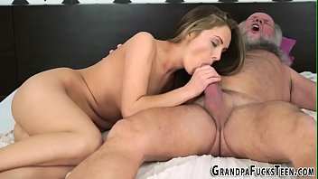 blondes suck two from off deepthroat Sucking cock sex3gp