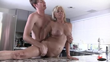 couples swap creampie for Gets into bed with not her son