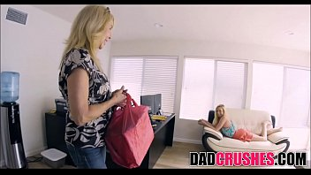 she as cries daughter ass dads licks Film jadul hot indonesia6