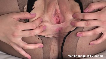 anal first cries she during Tied crying squirt2
