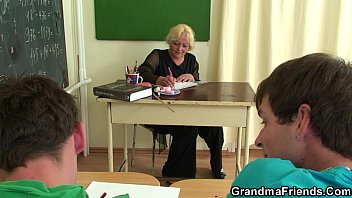 classroom the fuck in Chinese paror mature