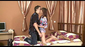 third leg engulfing dudes is hottie nicelooking Amy at latina caliente