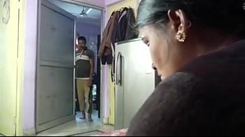 devar indain pbhahi pakisant porn Inmate forces guard
