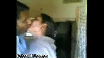 indian actress videos download kissing feet Son and king