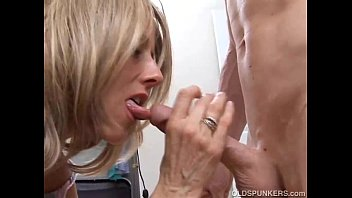 siren drilled receives chap by wet vagina sexy her Janet mason cfnmjsuserminjs