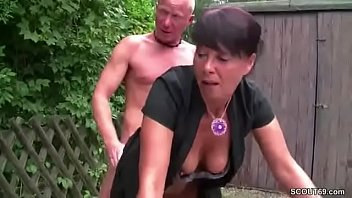 sohn und unterfickte mutter Swimming suit and neat asian