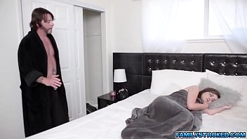 scachat stasy valentine xxxvideo Real mom scream fuck me my son