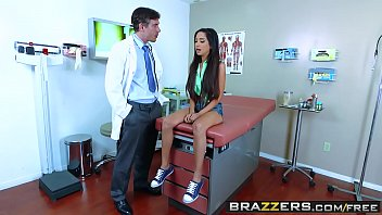 brazzers hurry up Reallifecam guest bathroom sex diana and efim porn tube clips