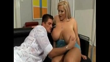 titten dicke 3 bbw Kendra sunderland webcam show at a college library flashing her breasts
