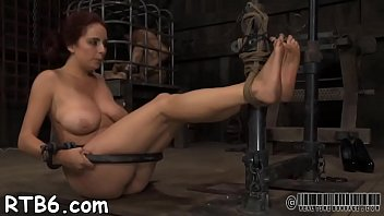 worship feet reality Roxy reynolds vs thug