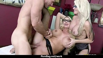 get off hard3 make her wants to dude Eva karera anus lick