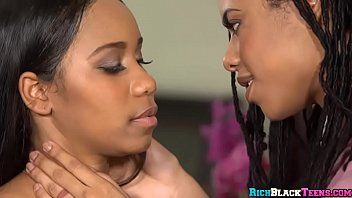 ebony facesitting lesbian Weird teen fisting herself in front of the webcam