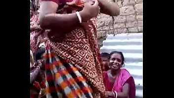 auntie me chudai ki indian bathrooms Same sex alternately mother father