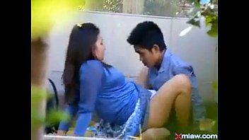 indonesia momxx sexx Schoolgirl vibrator in bus train