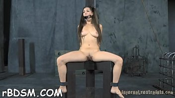 french volcanic electre Amateur gets busy with her castin