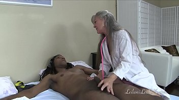 clinic doctor in fucking Extremesex objects insertion bottle for him