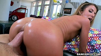anal love wants bobbi Two scenes first girls dress for photo shoot second milf and her boy toy