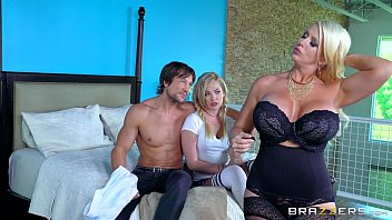daughter mom and jerk boyfriend in bed off Real homemade gangbang by a mother