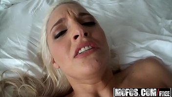 girl blonde solo masterbating Richard mann squirt blonde