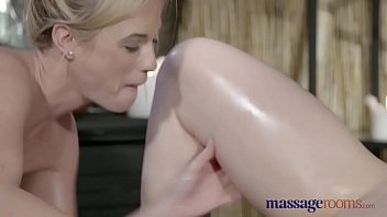 redhead sexy stretched has holes2 well Japanese semi sex film
