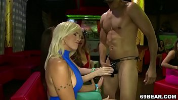 horny other7 asian fondling models having each fun are Son assfuckss mom